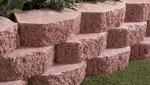 build-retaining-wall-hero